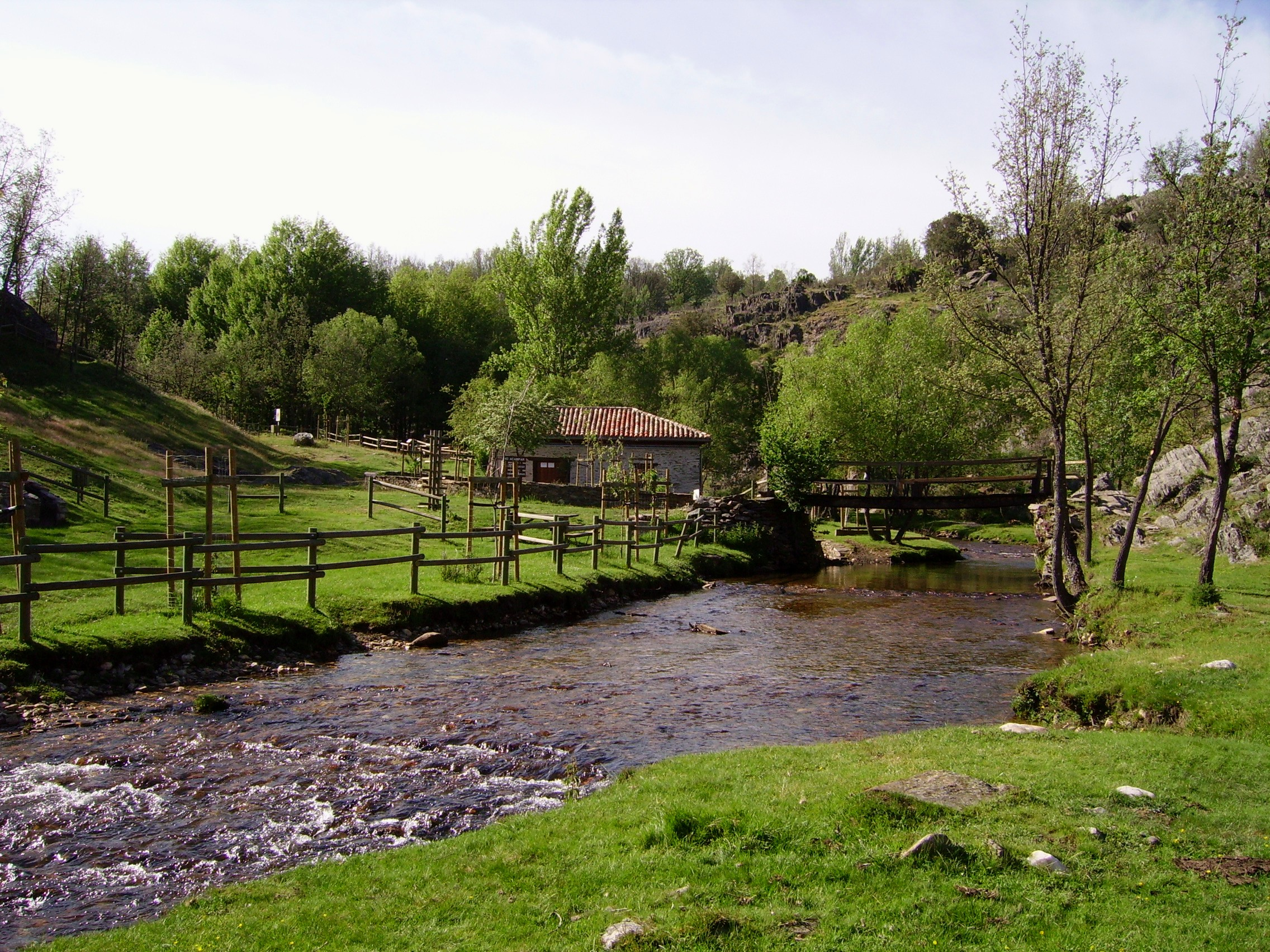 Senderismo en madrid oficina turismo la for Oficina de turismo de la comunidad de madrid