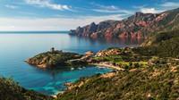 Córcega: montañas en el Mar Mediterráneo