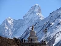 Expedición al Ama Dablam (6.856 m)