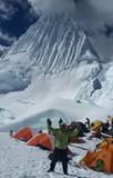 Expedición al Alpamayo (5.947 m)