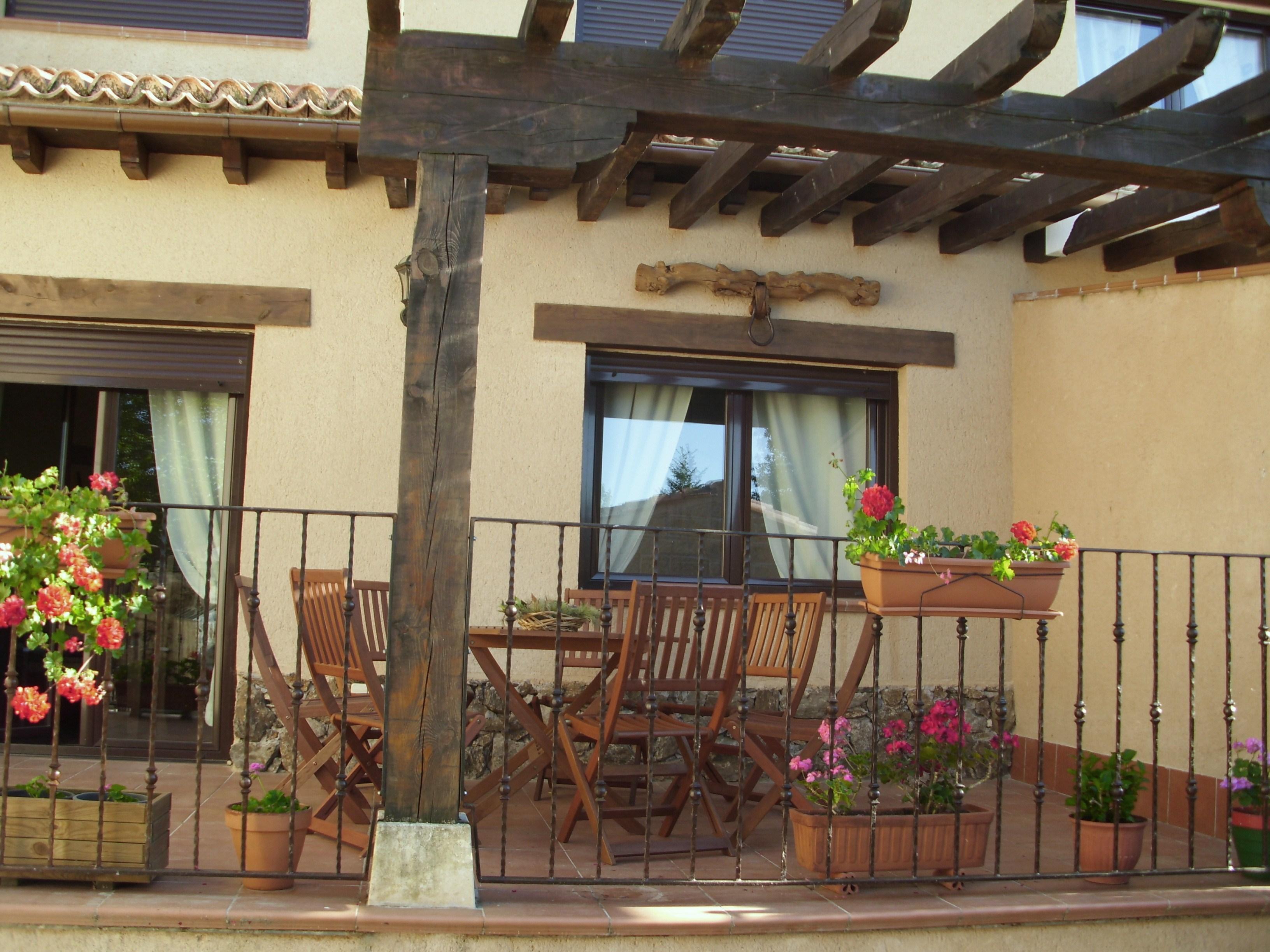 Senderismo en segovia apartamento tur stico 39 el pajar n 39 alojamiento en - Casa patio del panadero ...